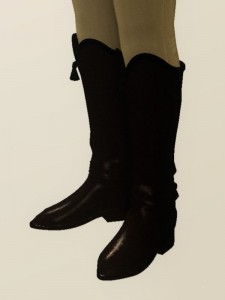 Hessian boots: Mid-calf boots coming to just below the knee or lower that have tassels on the top, named for the German soldiers called Hessians who introduced them.